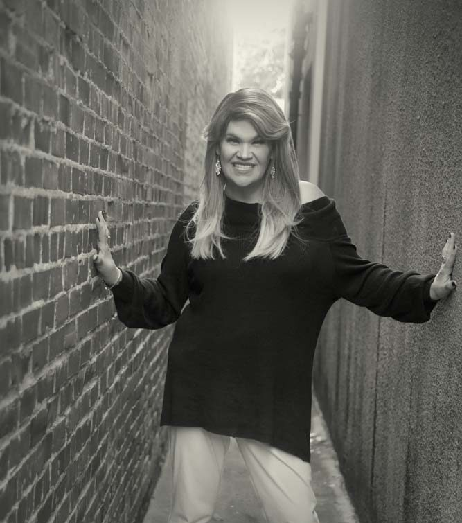 juleigh mayfield justjuleigh outside alley