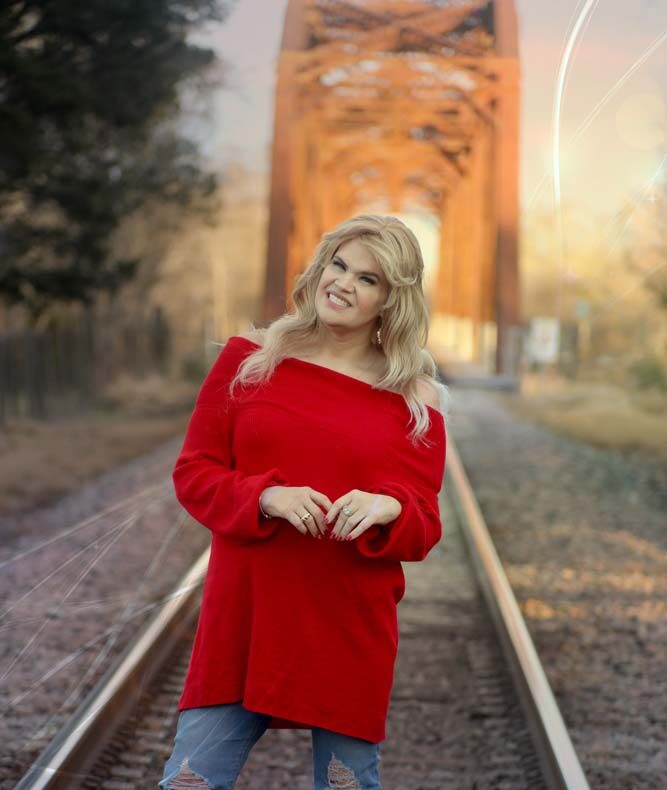juleigh mayfield justjuleigh outside train tracks